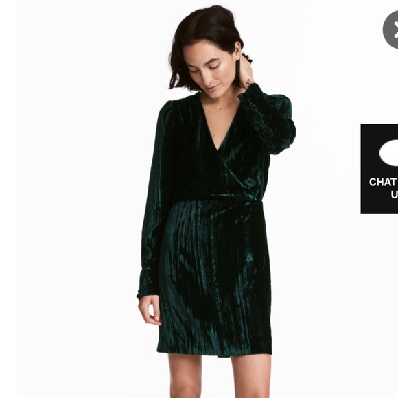 Hm Dresses Black Crushed Velvet Dress W Self Covered Buttons